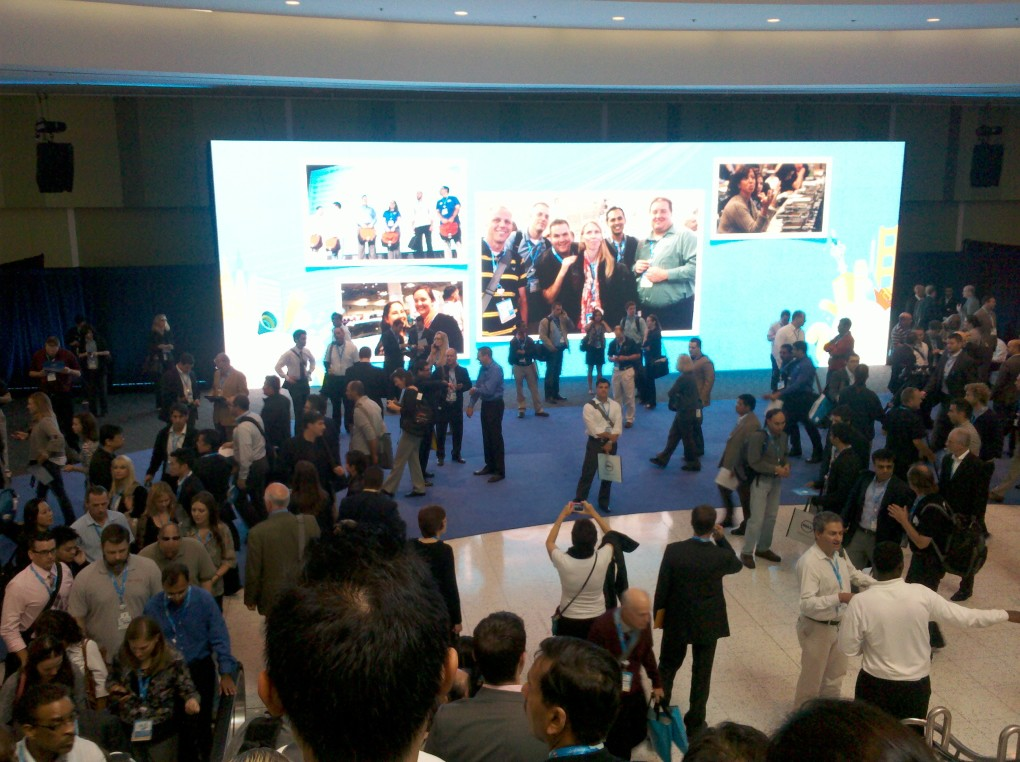Dreamforce 2011 Picture from 2nd Level Escalator